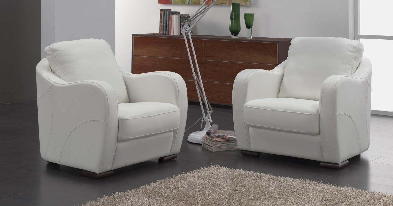 fauteuil d 39 appoint gili cuir premium couleur. Black Bedroom Furniture Sets. Home Design Ideas